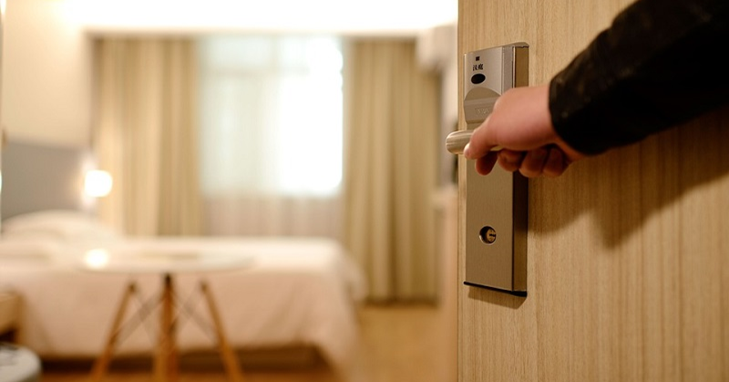 Foreign Men, Women Now Allowed to Share Hotel Rooms in Saudi Arabia